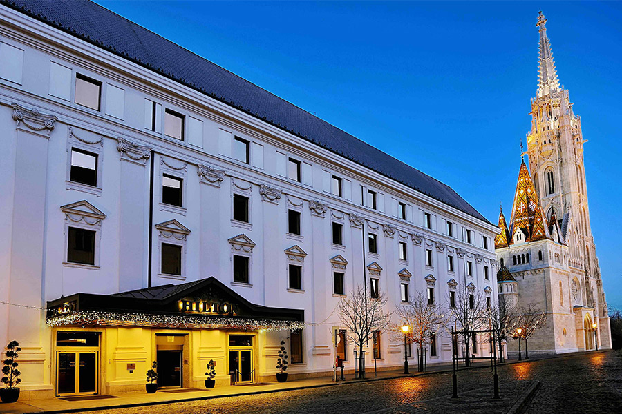 CE Glass Industries referencia Budapest Hilton Hotel