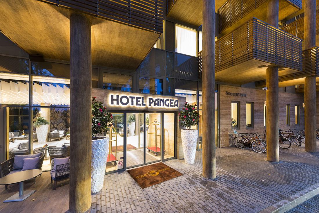 CE Glass referencia Pangea Hotel